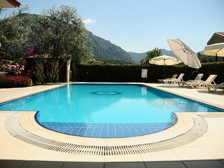 Lovely Apart with Kithcen & Pool,including Breakfast