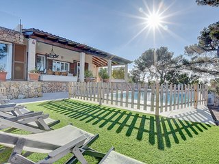 KIDS FRIENDLY Villa Enderrocat with PRIVATE POOL, CHILL AREA and SEA VIEWS