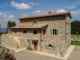 Villa Tuscania, a gem in the heart of Val D'Orcia