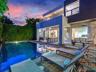 Drexel Modern Villa w/ Pool, Hot Tub and Grill
