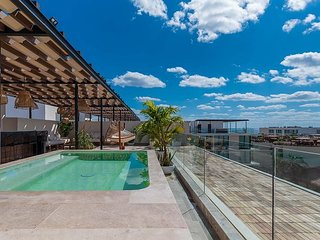 One of a Kind 4 Bedroom Penthouse in the heart of Playa del Carmen