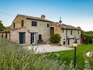Villa il Sospiro - A very quiet & private location