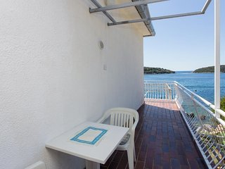 House Rasica - Double Room with Balcony and Sea View