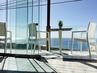 Glass Balcony with amazing views to all the Valley