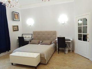 1 bedroom Pushkinskaya, Tverskaya, Kremlin
