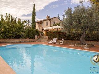 Villa Anna - A noble and full of charm villa with pool