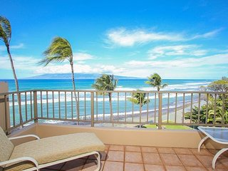 Oceanfront 2-Bedroom Maui Condo..Ideal West Maui Locale
