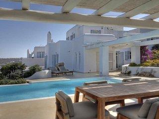Daisy Private pool luxury villa in Ornos