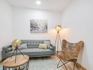 Designed 2 Bed Apt in the City Centre