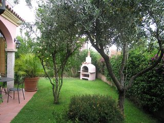 Cozy house in the center of San Teodoro with Parking, Washing machine, Air condi