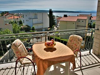 Selce Apartment Sleeps 5 with Air Con - 5464431