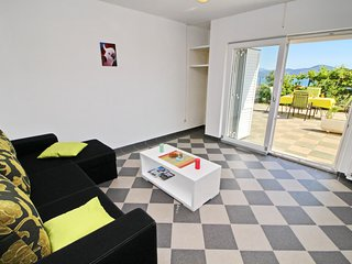 Cozy apartment in the center of Drače with Parking, Internet, Washing machine, A