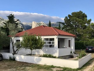 Seline Holiday Home Sleeps 7 with Air Con and WiFi - 5750772