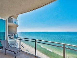 Gorgeous Gulf-Front Penthouse w/ Epic Views, Pool, Spa & Beach Access