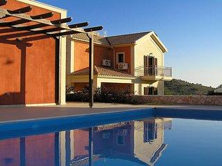 Kefalos Villas, 6 Bedrooms ,20 persons