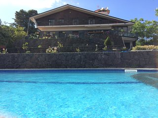 Etna Luxury Home - Luxurious and panoramic villa on Etna with swimming pool and