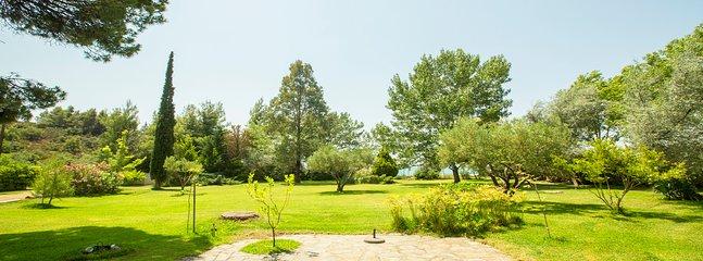 Greenlea Beachfront Villa, Spathies