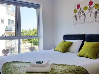 Springhead Park Suite - Beautiful Apartments in Ebbsfleet Garden City