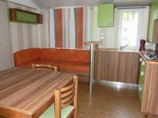 Mobil Home confortable et spacieux dans Camping familial