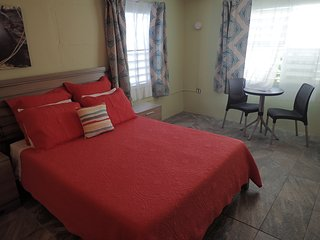 The Vieques Guesthouse - Room #8 - Double Room