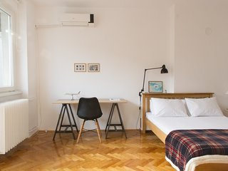 ✩ Hidden Gem of Belgrade City Center ✩ One Bedroom Apartment Cloud