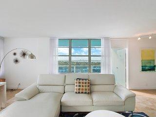 Modern 2 Bedroom BayFront Apartments