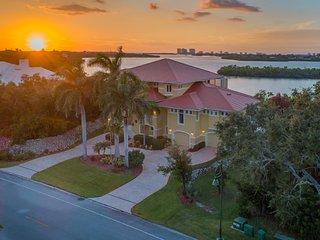 Huge Waterfront Estate Mansion
