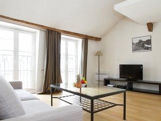 22. IN THE HEART OF ST GERMAIN DES PRES - LOVELY 1BR FLAT
