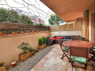 Cozy apartment very close to the centre of Lloret de Mar with Parking, Internet,