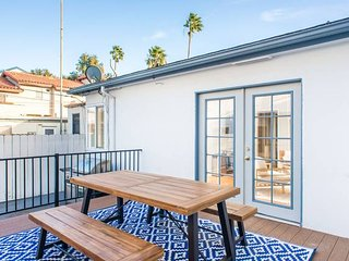 Stylish 2BR/1BA in the Heart of PB by Domio