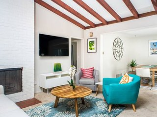 Upscale 3 BR in Point Loma by Domio