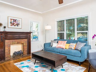 Pleasant Hillcrest 2 BR near Balboa Park by Domio