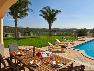 Areia Villa Sleeps 6 with Pool Air Con and WiFi - 5604861