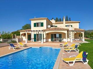 3 bedroom Villa in Areia, Faro, Portugal - 5604861