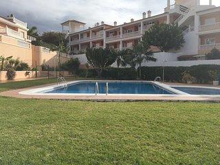 Spacious apartment very close to the centre of Puerto de la Cruz with Parking, I