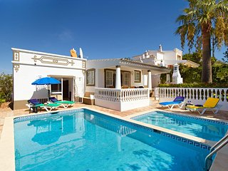 2 bedroom Villa with Pool, Air Con and WiFi - 5604859