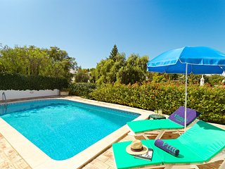Guia Villa Sleeps 4 with Pool Air Con and WiFi - 5604859