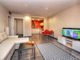 Cozy apartment a short walk away (249 m) from the 'Platja Sa Caleta' in Lloret d