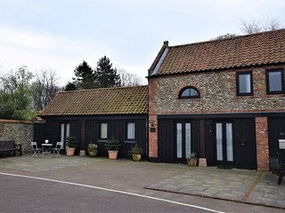 73335 Cottage situated in Holt