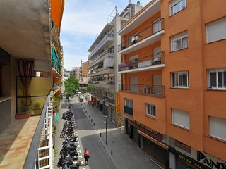 Cozy apartment in the center of Lloret de Mar with Washing machine, Balcony, Ter