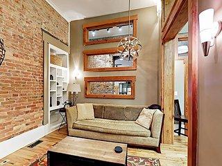 Historic Loft Apartment w/ Patio - 2 Blocks to Pack Square!