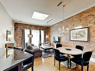 Newly Remodeled! Chic Downtown Apartment -- 2 Blocks to Pack Square