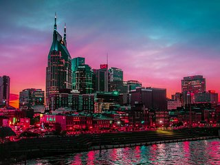 Music City Estate ★ Nashville Luxury ★ 5 Bd 3.5 Ba