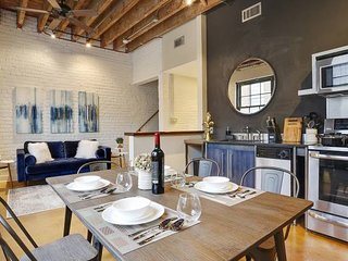 Stunning 2BR/2BA Industrial Apt in NOLA by Domio