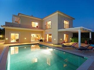 3 bedroom Villa in Alcantarilha, Faro, Portugal - 5604866