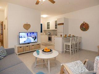Oceanview Apartment 454