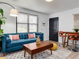 Domio | Germantown | Expansive 8BR + Comprised of 4 2BR Suites