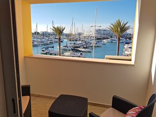 Marina Plaza, CD 162, Perfect Location