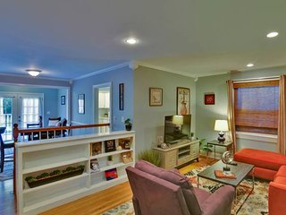 Domio | Lower East | Charming 2BR | 15 Min to Grand Ole Opry
