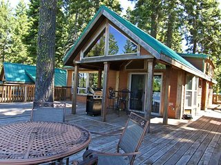 #44 The Cabins at Hyatt Lake - Sleeps 6 - Hot Tub